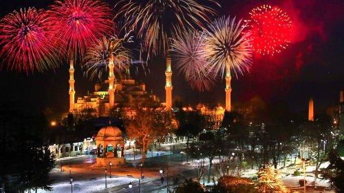 Новий Рік в Стамбулі від 323 Є